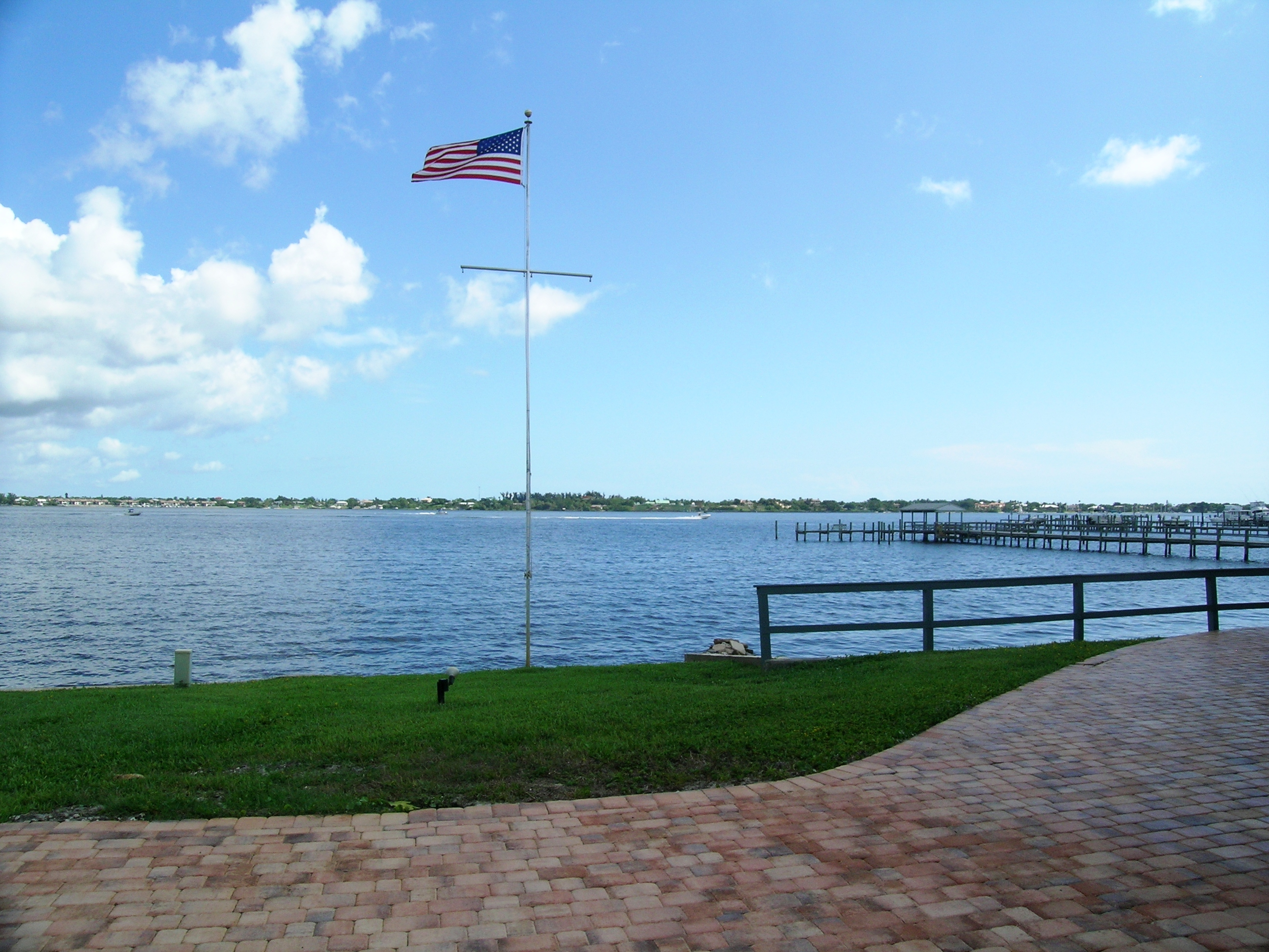 Pierpoint Yacht Club Condos in Stuart FL