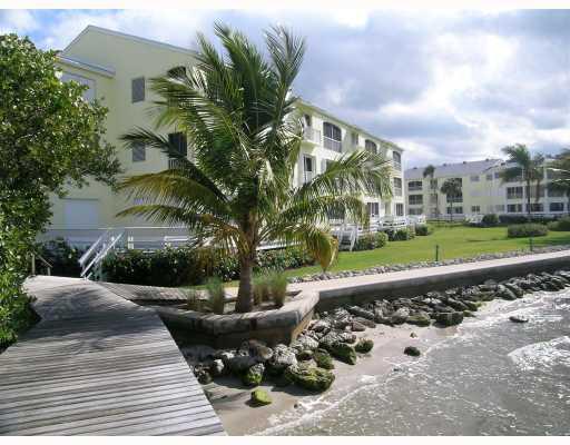 Hutchinson House Condos on Hutchinson Island in Stuart, FL