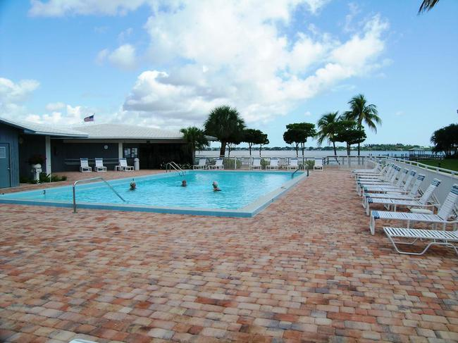 Pierpoint Yacht Club Condos in Stuart FL Pool