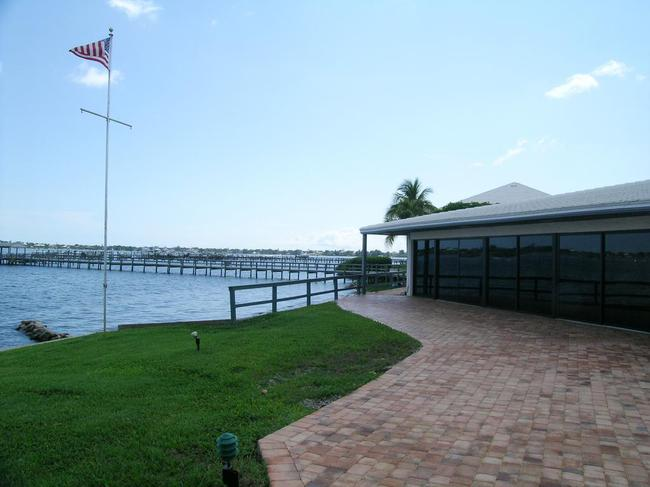 Pierpoint Yacht Club Condos in Stuart FL Waterfront Clubhouse