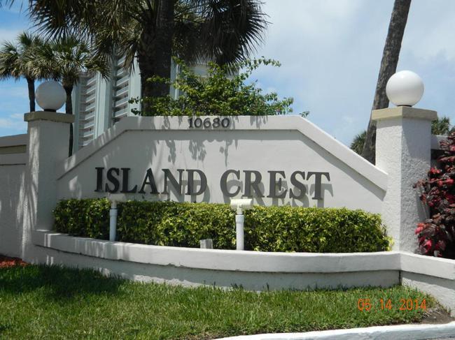 Island Crest Condos in Jensen Beach