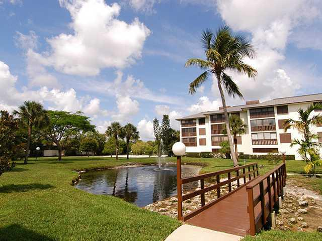 Saint Lucie Club Condos in Stuart Florida