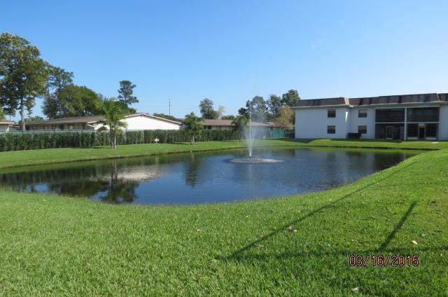 Parkview Condos in Stuart FL Pond