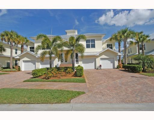 Townhomes of Sawgrass Villas in Palm City