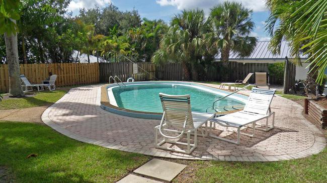 Royal Oak Towers pool