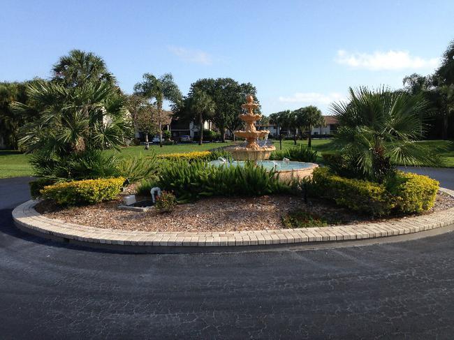 River Club condos grounds