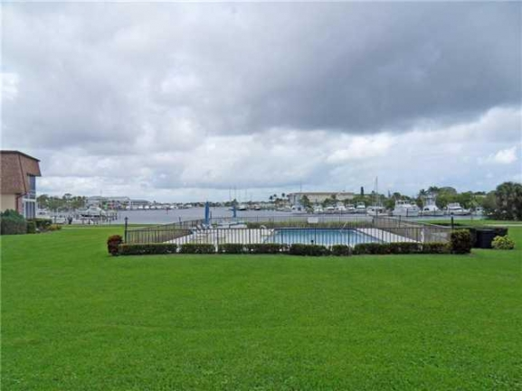 Grounds of the Port Manatee condos in Rocky Point