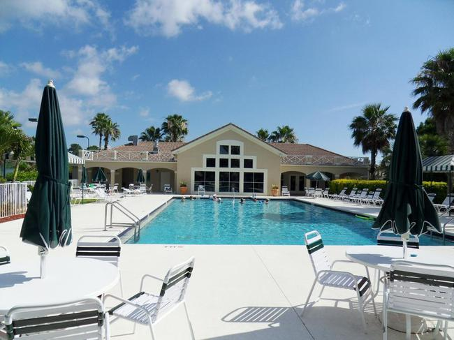 Community Pool of Summerfield in Stuart Florida