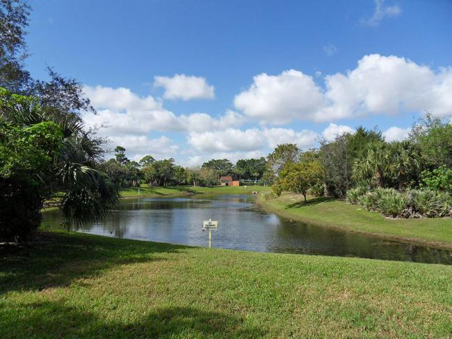 River Pines in Stuart FL Lake