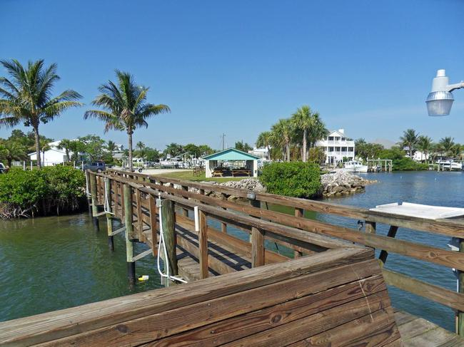 Rocky Point Estates fishing pier