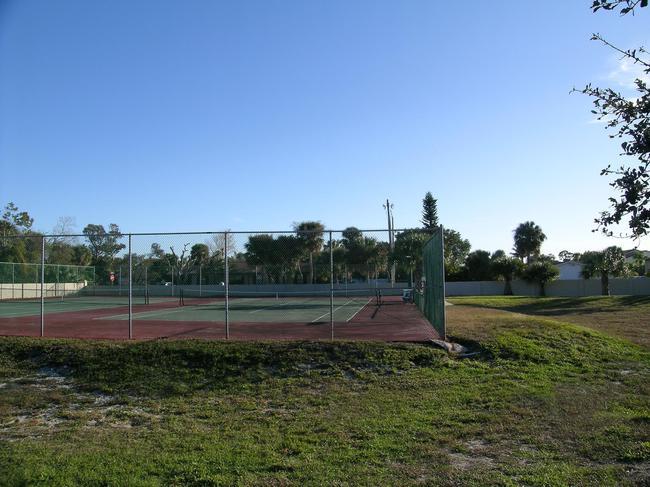 Snug Harbor West Tennis