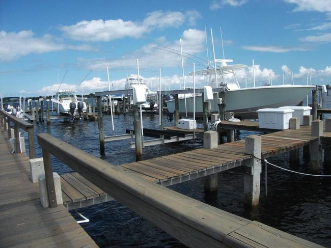 Snug Harbor West Docks