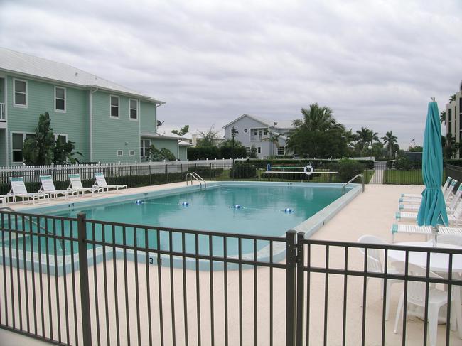 Snug Harbor West Pool