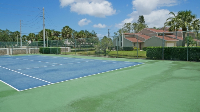 Lake Village / Crossings Tennis Courts